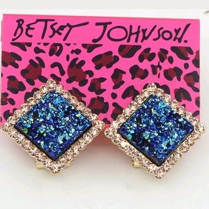 Betsey Johnson blue Square Champagne earrings.